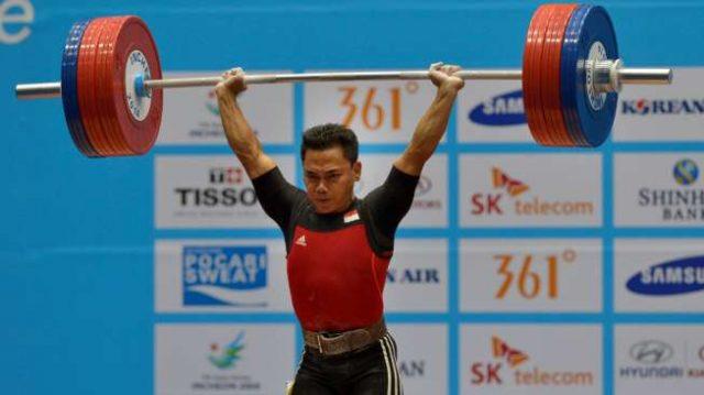 Lifter Indonesia, Eko Yuli Irawan, meraih medali perunggu telah dua kali raih medali, yakni perunggu kelas 56 kg Olimpiade 2008 dan perunggu kelas 62 kg Olimpiade 2012 AntaraSaptono