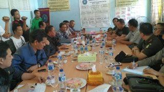 Pertemuan Pemkab Muara Enim, Muspida, perwakilan warga dan PT R6B