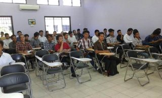 Para peserta seleksi program pendidikan laut dan las